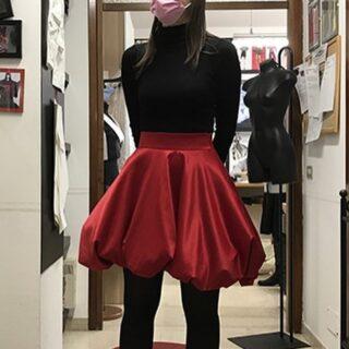 Red ball skirt! We love it 😍 #redskirt #skirt #accademiasilvanamontifashionschool #vogue #fashion #fashiondesigner #trend #modaitaliana